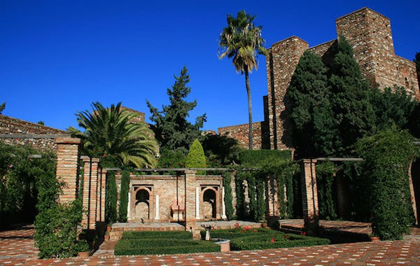 Het Moorse fort/ vesting Alcazaba in Malaga